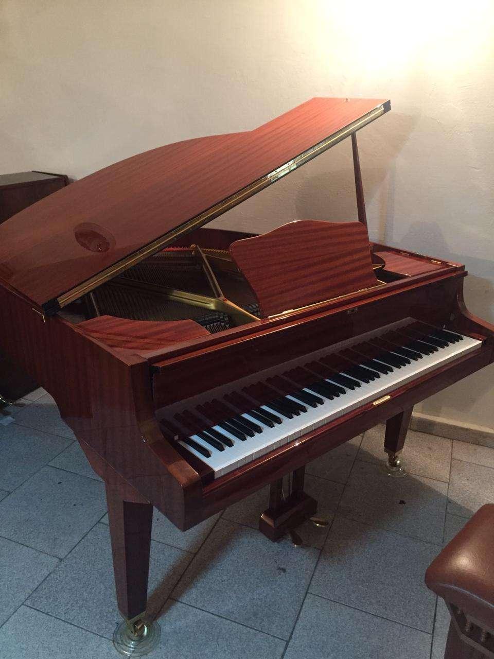 seller.az Пианино и роялей коричневого и белого