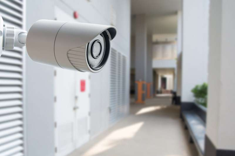 seller.az Tehlukesizlik kameralarini qurasdirilmasi. Internetle izleme