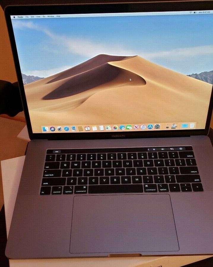 seller.az Apple MacBook Pro 2019 15 düymlük 2.4ghz i9 8 nüvəli 32gb 2TB SSD Gre Vega